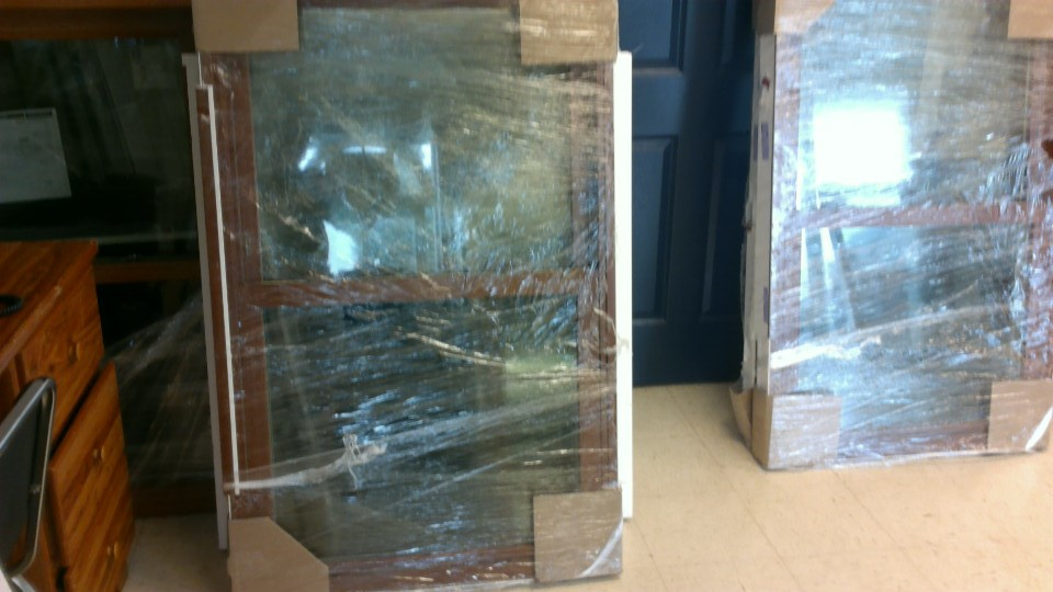 Double-Hung Replacement Window - Wood Grain Interior - Low-e Dual Pane Glass